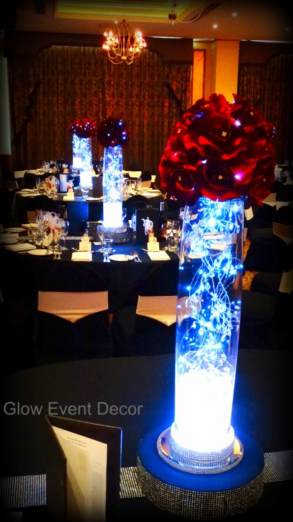 Red rose LED kissing balls with LED garlands and LED light bases